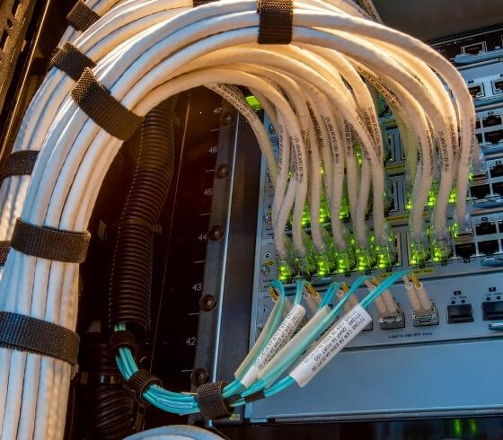 server rack stack services